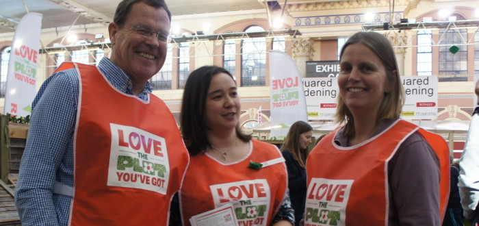 the Love your plot team at Ally pally